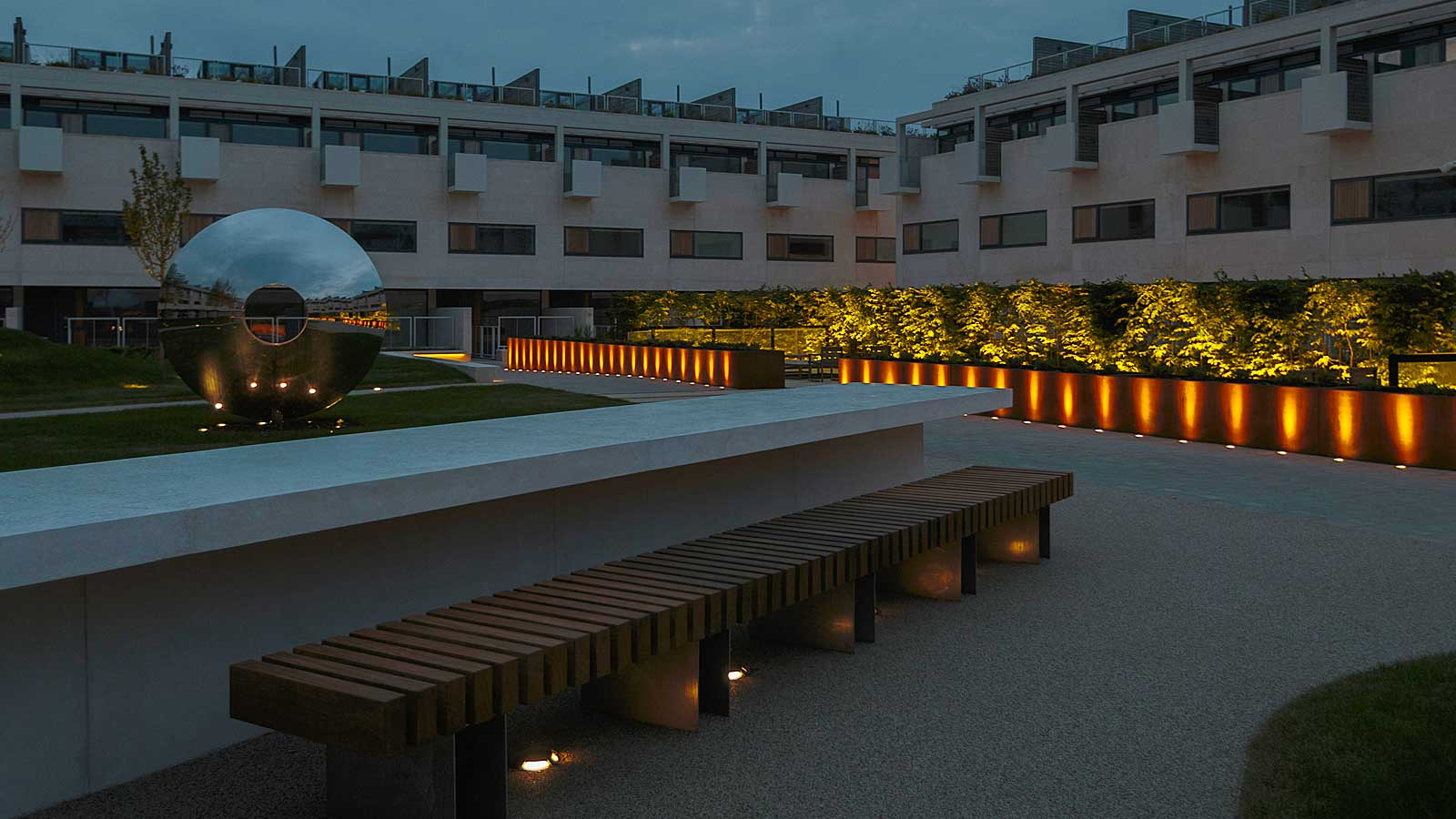 The scenographic garden lighting project of the prestigious Gabriel Square residential development